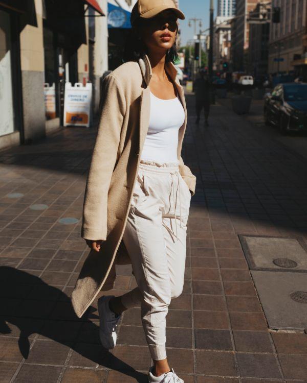 Catálogo Abercrombie & Fitch para chica y mujer Verano 2021