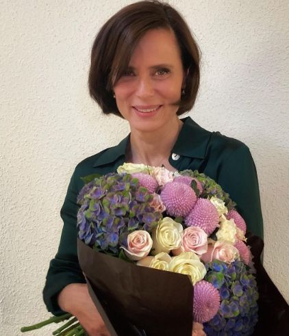 Los mejores cortes de pelo corto para mujer de 50 años 2021 para Primavera Verano