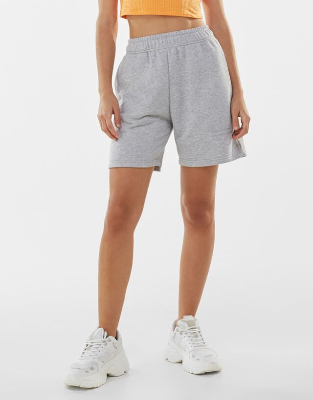 Catálogo de Pantalones de Bershka para Verano 2021