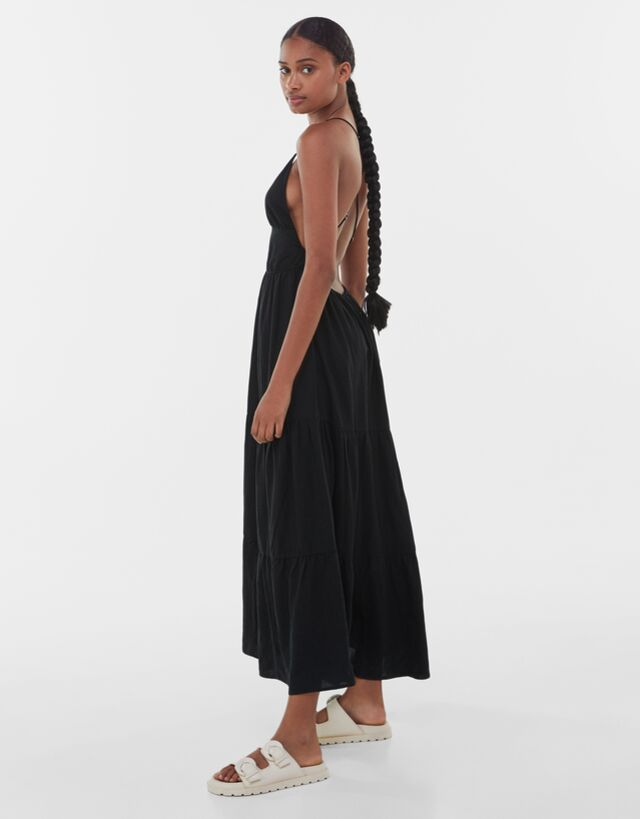 Catálogo de Vestidos Midi de Bershka para Verano 2021